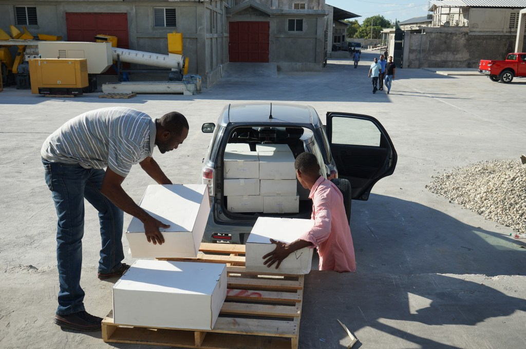Delivery of medicines in Haiti